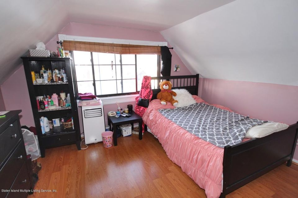 Single Family - Detached 38 Scarboro Avenue  Staten Island, NY 10305, MLS-1117288-16