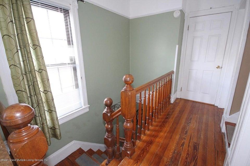 Single Family - Detached 38 Scarboro Avenue  Staten Island, NY 10305, MLS-1117288-17