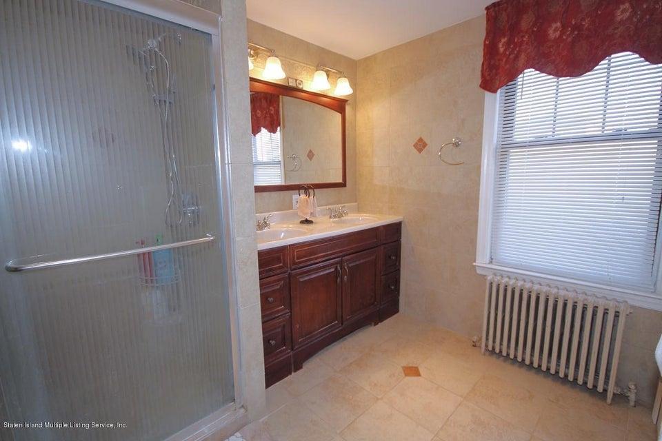 Single Family - Detached 38 Scarboro Avenue  Staten Island, NY 10305, MLS-1117288-19