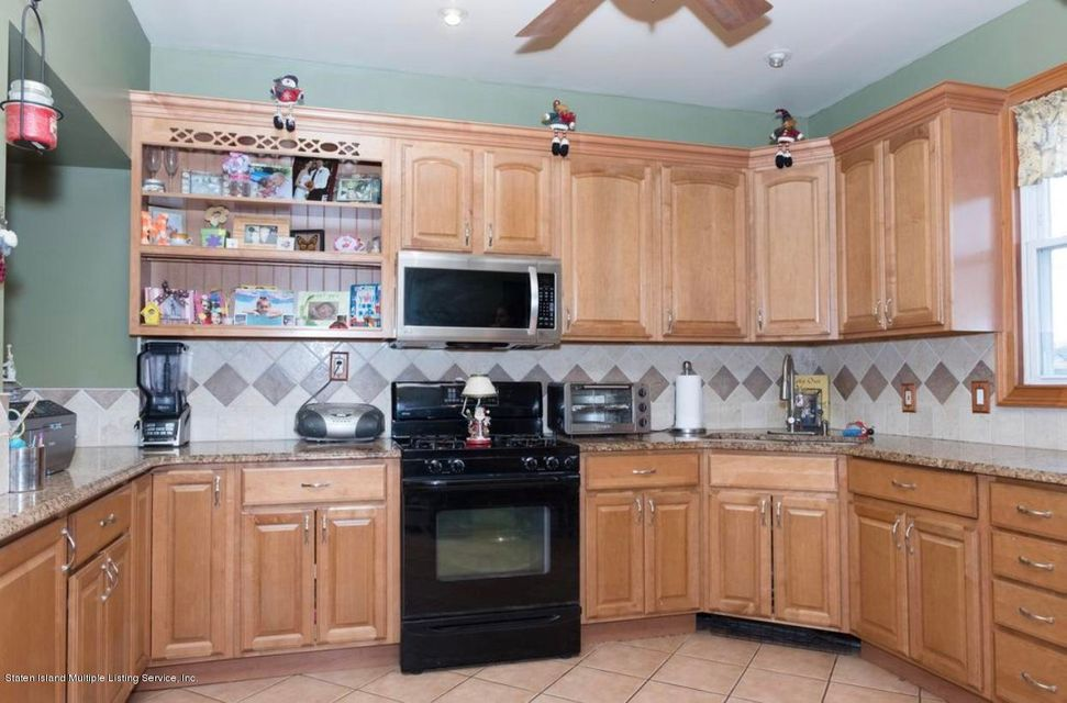 Single Family - Detached 19 Westbrook Avenue  Staten Island, NY 10303, MLS-1117290-3