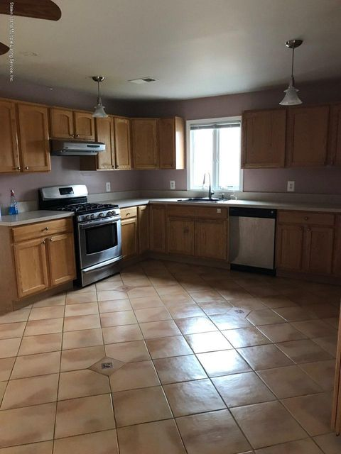 Two Family - Detached 21 Alverson Loop  Staten Island, NY 10309, MLS-1117343-5