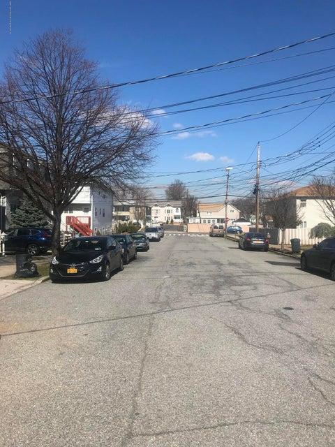 Two Family - Semi-Attached 28 Cambridge Avenue  Staten Island, NY 10314, MLS-1117344-18