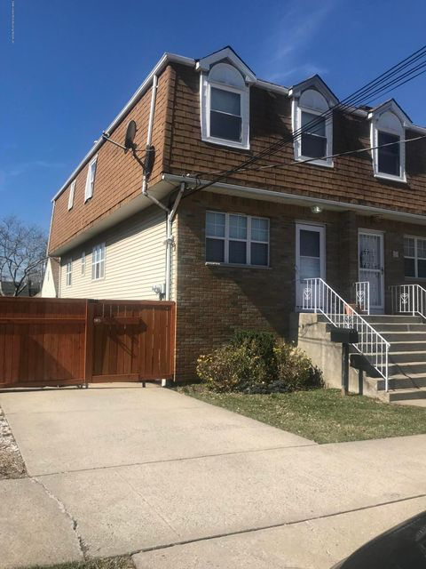 Two Family - Semi-Attached in Westerleigh - 28 Cambridge Avenue  Staten Island, NY 10314
