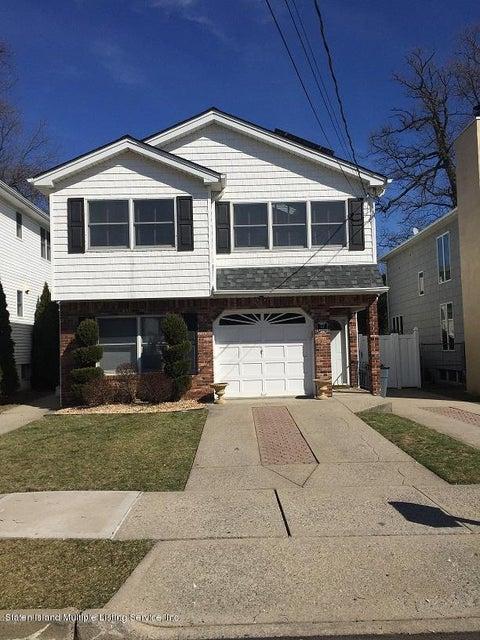 Two Family - Detached in Tottenville - 43 Swinnerton Street  Staten Island, NY 10307