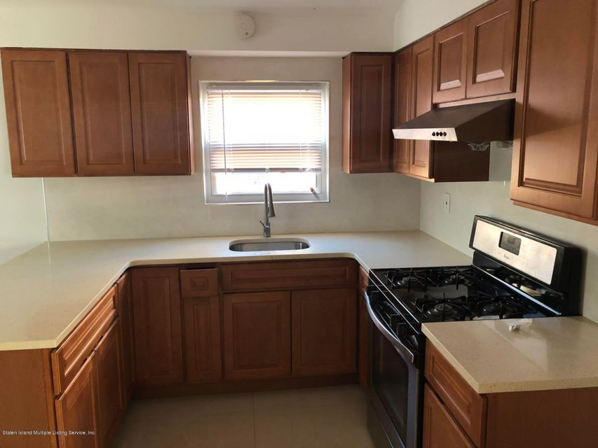 Additional photo for property listing at 50 Plymouth Road  Staten Island, New York 10314 United States