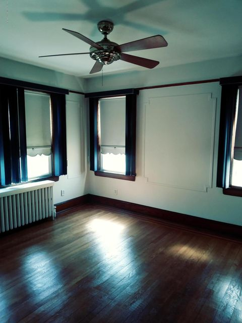 Additional photo for property listing at 27 Marx Street  Staten Island, New York 10301 United States