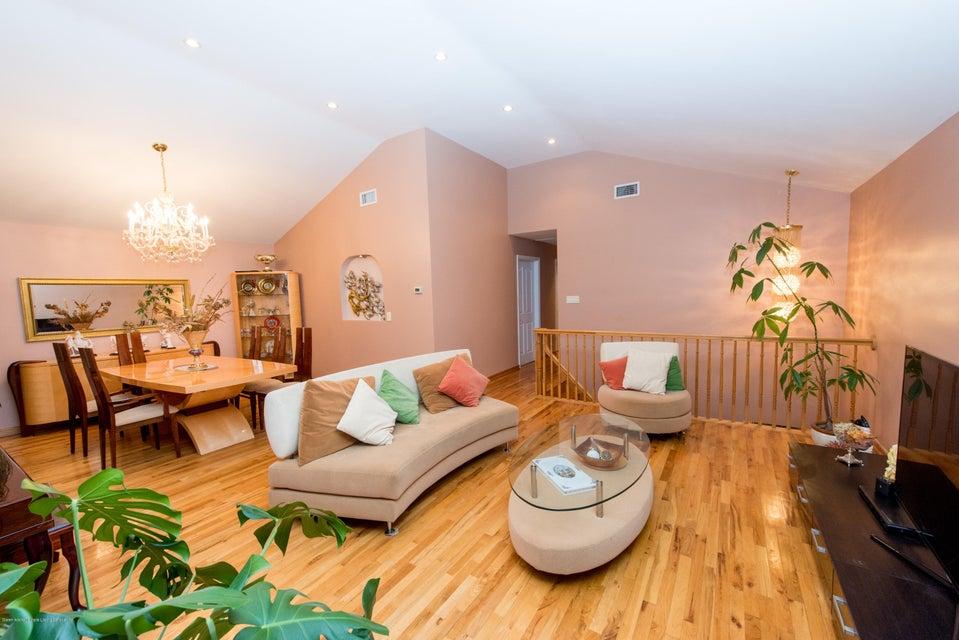 Two Family - Detached 323 Naughton Avenue  Staten Island, NY 10305, MLS-1117428-3
