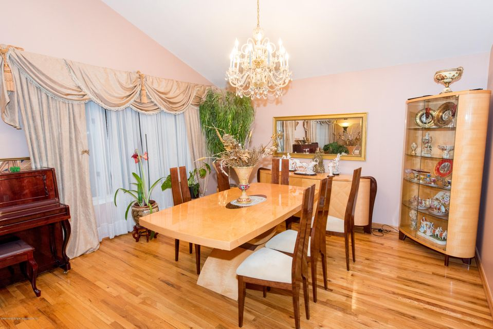 Two Family - Detached 323 Naughton Avenue  Staten Island, NY 10305, MLS-1117428-4
