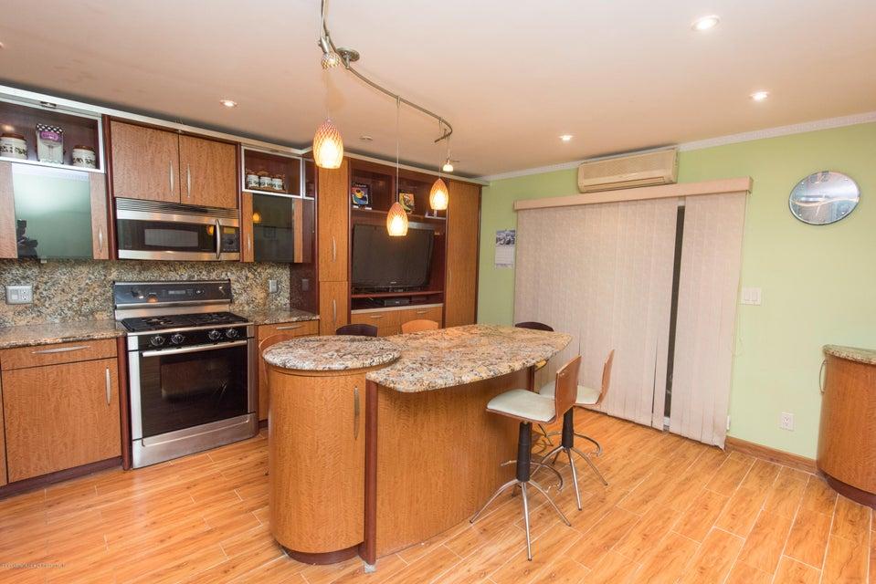 Two Family - Detached 323 Naughton Avenue  Staten Island, NY 10305, MLS-1117428-12