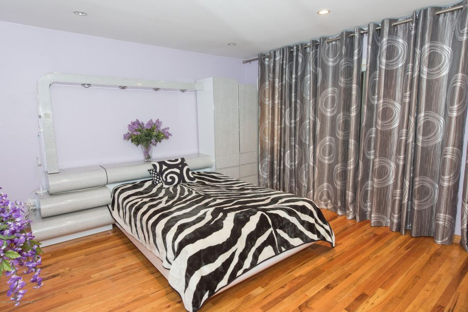 Two Family - Detached 323 Naughton Avenue  Staten Island, NY 10305, MLS-1117428-23