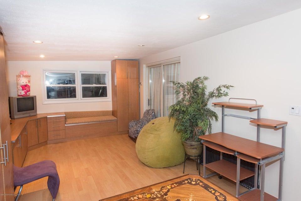 Two Family - Detached 323 Naughton Avenue  Staten Island, NY 10305, MLS-1117428-40
