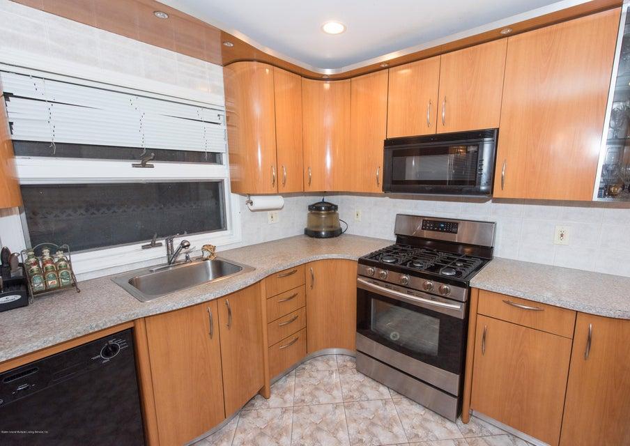 Two Family - Detached 323 Naughton Avenue  Staten Island, NY 10305, MLS-1117428-47