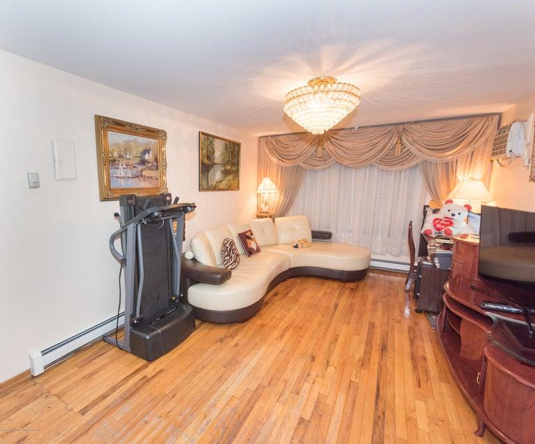 Two Family - Detached 323 Naughton Avenue  Staten Island, NY 10305, MLS-1117428-49