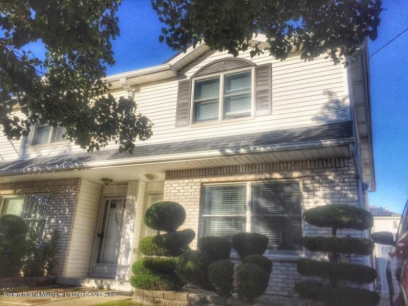 Single Family Home for Sale at 103 Isernia Avenue Staten Island, New York 10306 United States