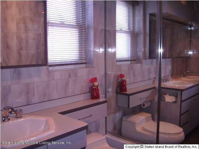 Single Family - Detached 103 Ridgewood Avenue  Staten Island, NY 10312, MLS-1117444-9