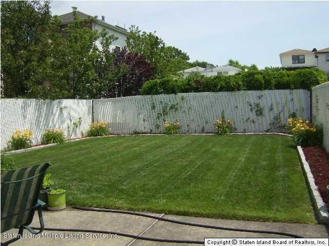 Single Family - Detached 103 Ridgewood Avenue  Staten Island, NY 10312, MLS-1117444-14