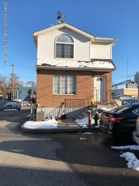 Single Family - Semi-Attached 97 Greenfield Avenue  Staten Island, NY 10304, MLS-1117459-3