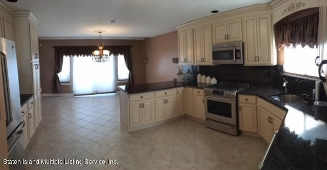 Single Family - Semi-Attached 1041 Rensselaer Avenue  Staten Island, NY 10309, MLS-1117475-6