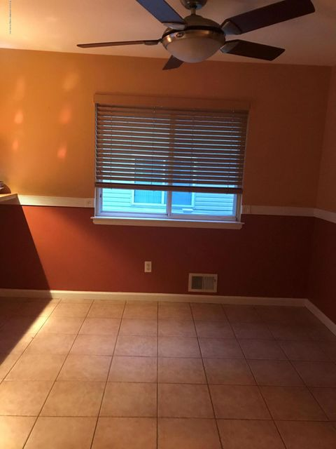 Additional photo for property listing at 31 Beresford Avenue  Staten Island, New York 10314 United States