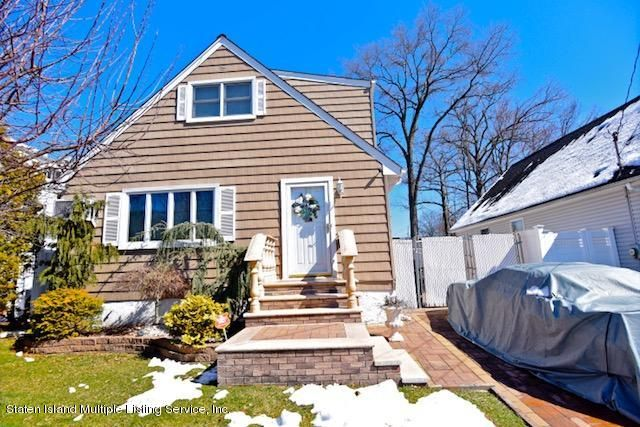 Single Family - Detached in Huguenot - 869 Marcy Avenue  Staten Island, NY 10309