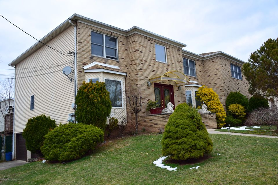 Two Family - Detached 77 Selkirk Street  Staten Island, NY 10309, MLS-1115151-23