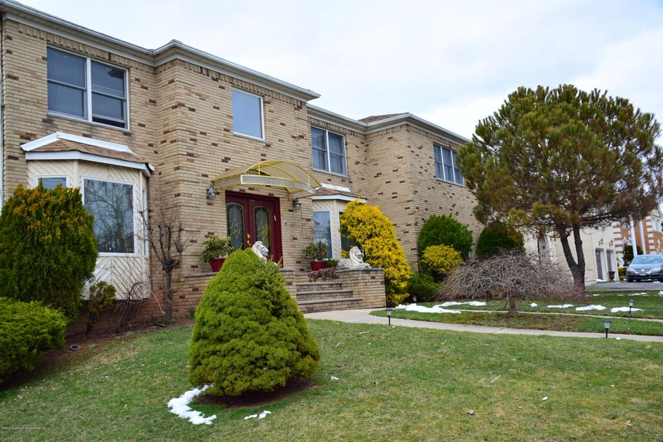 Two Family - Detached 77 Selkirk Street  Staten Island, NY 10309, MLS-1115151-3