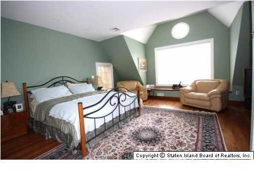 Single Family - Detached 32 Highpoint Road  Staten Island, NY 10304, MLS-1117491-12