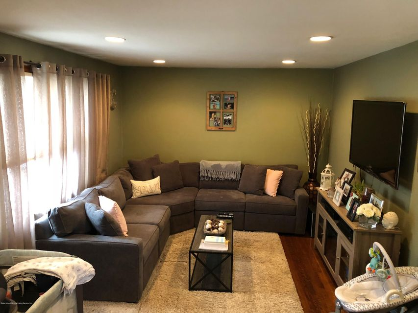 Single Family - Detached 425 Preston Avenue  Staten Island, NY 10312, MLS-1117488-2