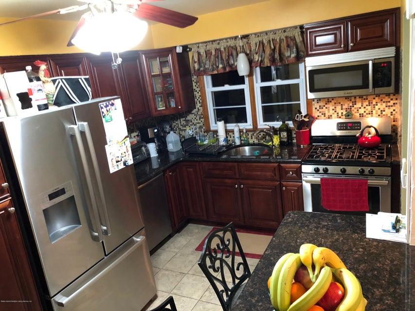 Single Family - Detached 425 Preston Avenue  Staten Island, NY 10312, MLS-1117488-3