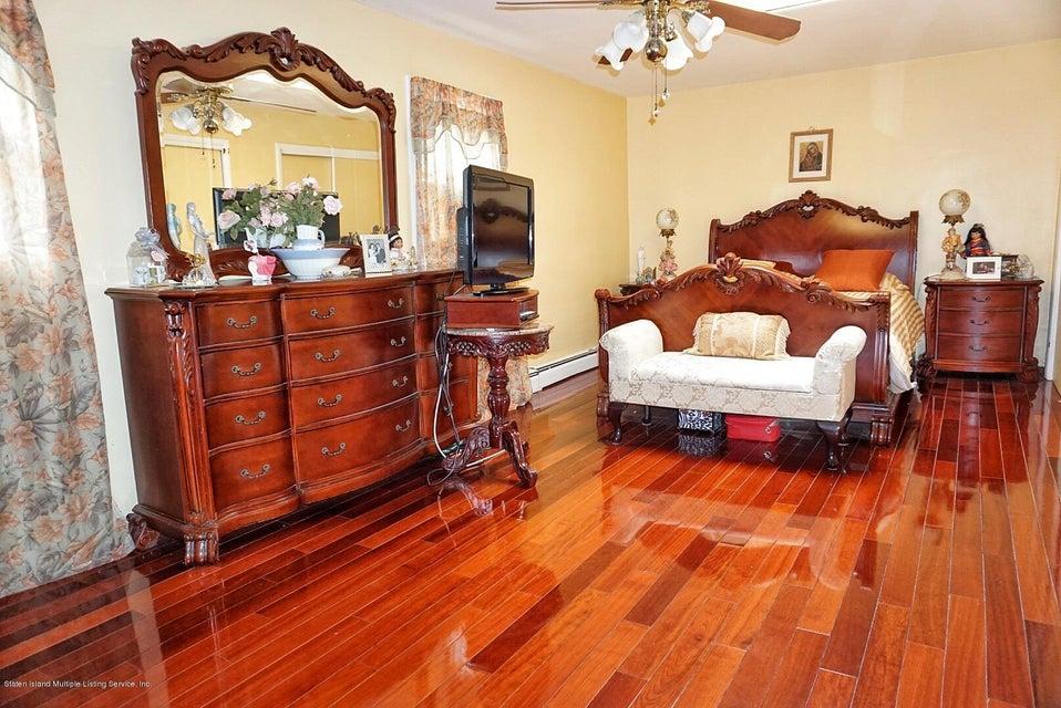 Single Family - Detached 125 Winant Avenue  Staten Island, NY 10309, MLS-1117505-16