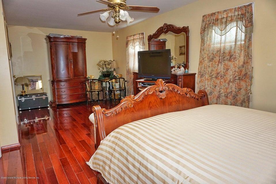 Single Family - Detached 125 Winant Avenue  Staten Island, NY 10309, MLS-1117505-17
