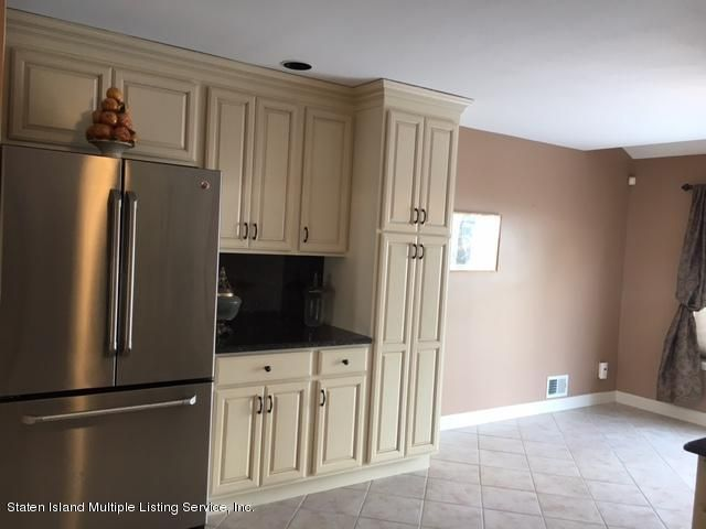 Single Family - Semi-Attached 1041 Rensselaer Avenue  Staten Island, NY 10309, MLS-1117475-5