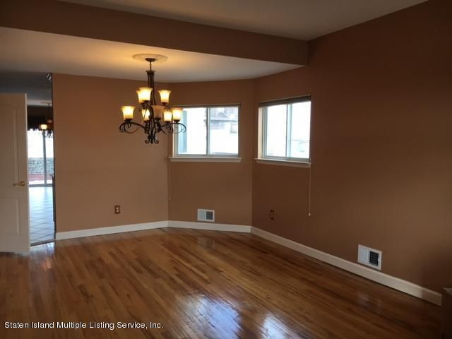 Single Family - Semi-Attached 1041 Rensselaer Avenue  Staten Island, NY 10309, MLS-1117475-2