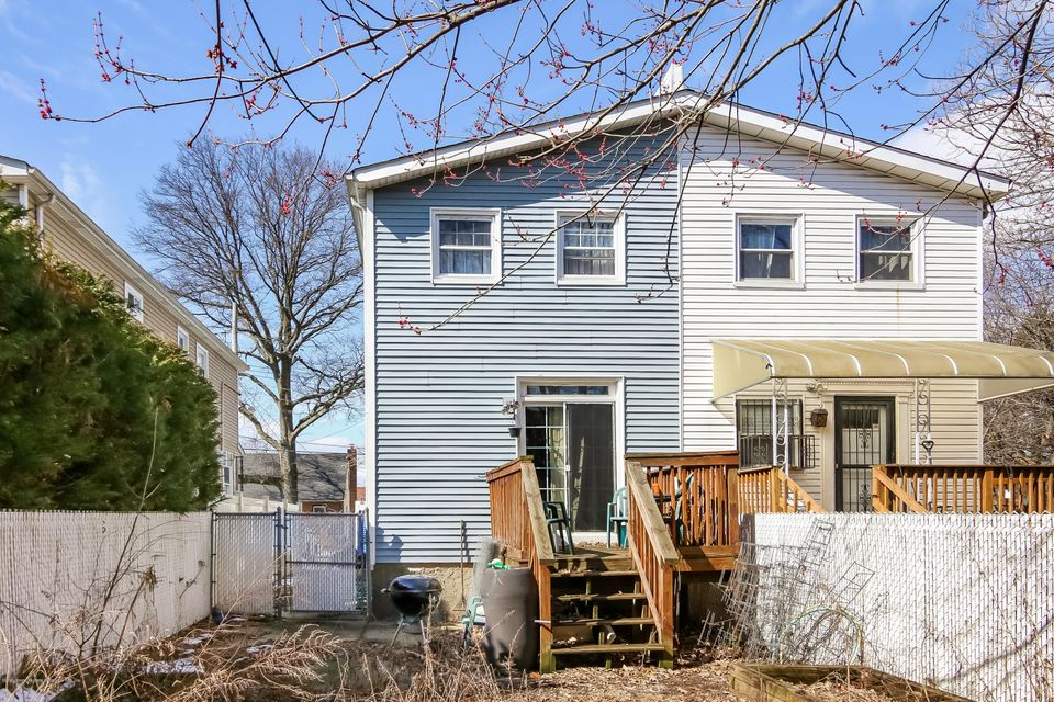 Single Family - Semi-Attached 43 Raymond Avenue  Staten Island, NY 10314, MLS-1117560-19