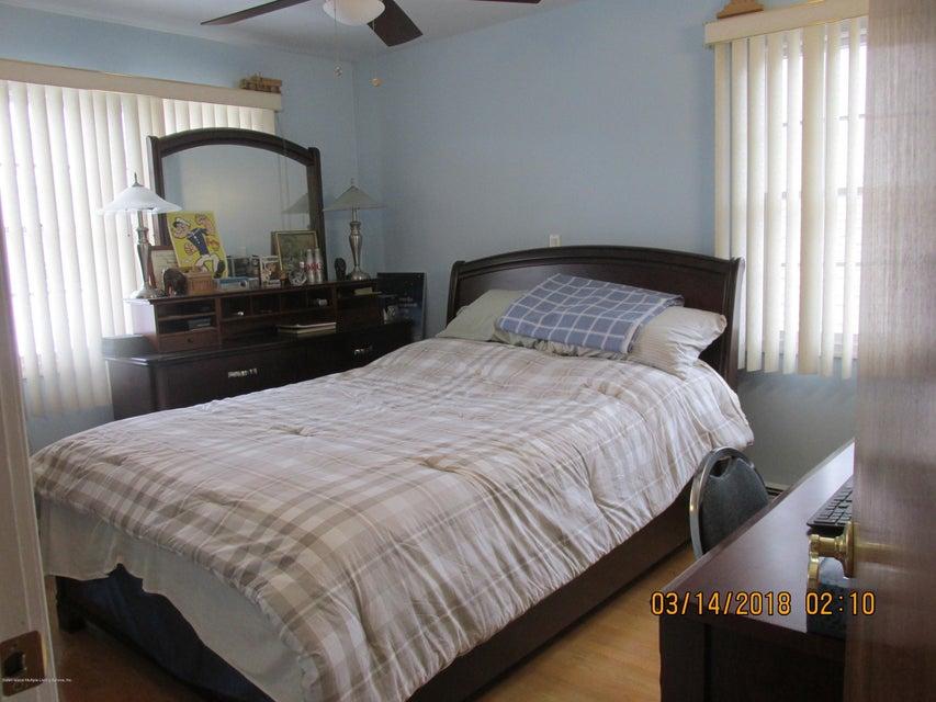Single Family - Detached 111 Coale Avenue  Staten Island, NY 10314, MLS-1117041-11