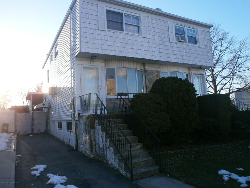 Single Family Home for Rent at 142 Laguardia Ave Staten Island, New York 10314 United States