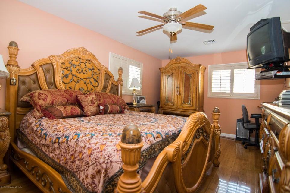 Single Family - Detached 417 Gansevoort Boulevard  Staten Island, NY 10314, MLS-1117668-9