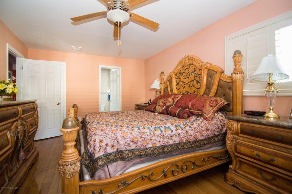 Single Family - Detached 417 Gansevoort Boulevard  Staten Island, NY 10314, MLS-1117668-10