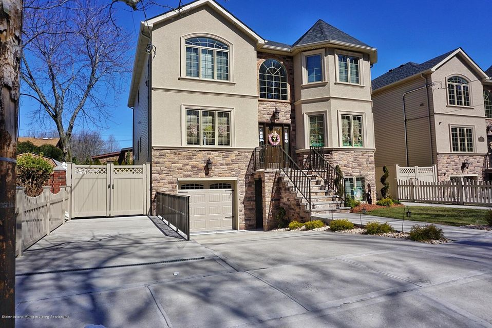 Two Family - Detached in Rossville - 135 Mcbaine Avenue  Staten Island, NY 10309