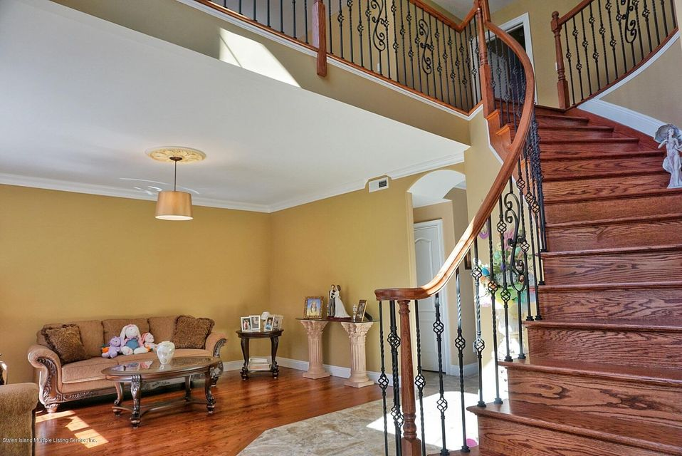 Two Family - Detached 135 Mcbaine Avenue  Staten Island, NY 10309, MLS-1117551-4