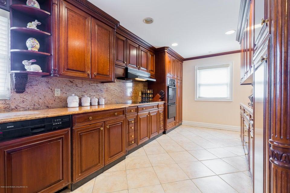 Single Family - Detached 48 Merrick Avenue  Staten Island, NY 10301, MLS-1117711-14