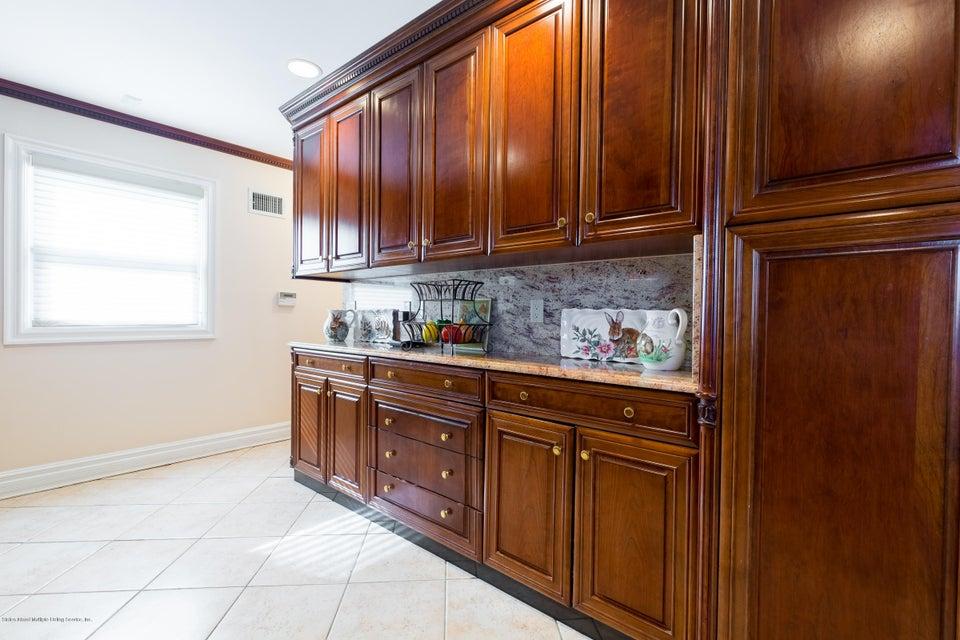 Single Family - Detached 48 Merrick Avenue  Staten Island, NY 10301, MLS-1117711-15
