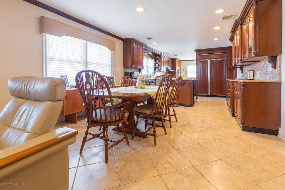 Single Family - Detached 48 Merrick Avenue  Staten Island, NY 10301, MLS-1117711-20