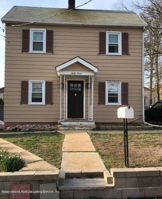 Single Family - Detached in Princes Bay - 37 Depew Place  Staten Island, NY 10309