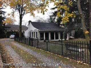 Single Family - Detached 105 East Loop Road  Staten Island, NY 10304, MLS-1117748-20