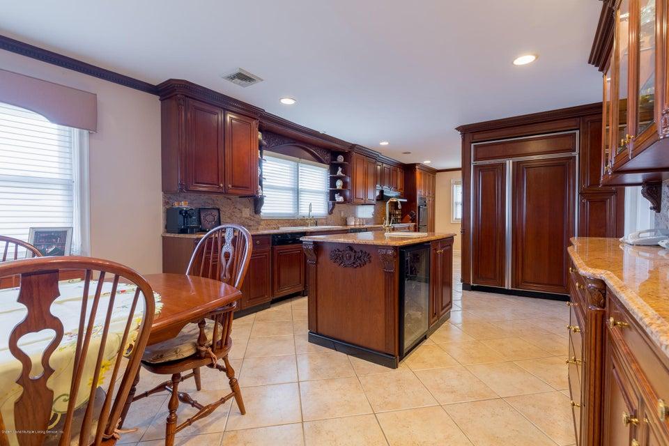 Single Family - Detached 48 Merrick Avenue  Staten Island, NY 10301, MLS-1117711-11