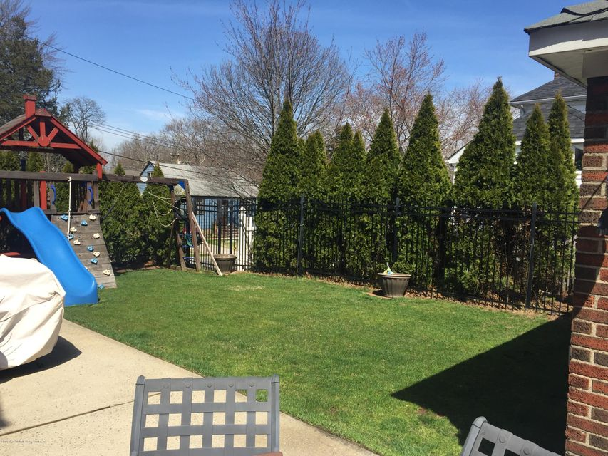 Single Family - Detached 20 Linden Street  Staten Island, NY 10310, MLS-1117870-35
