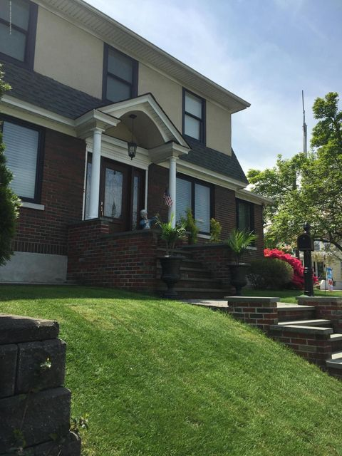 Single Family - Detached 20 Linden Street  Staten Island, NY 10310, MLS-1117870-3