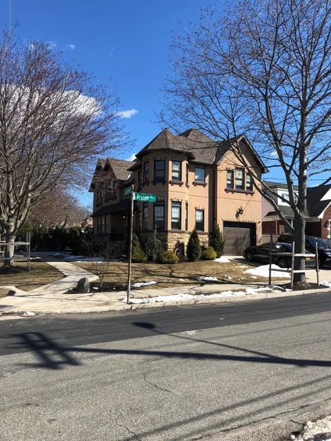 Two Family - Detached 88 Auburn Avenue  Staten Island, NY 10314, MLS-1118175-52
