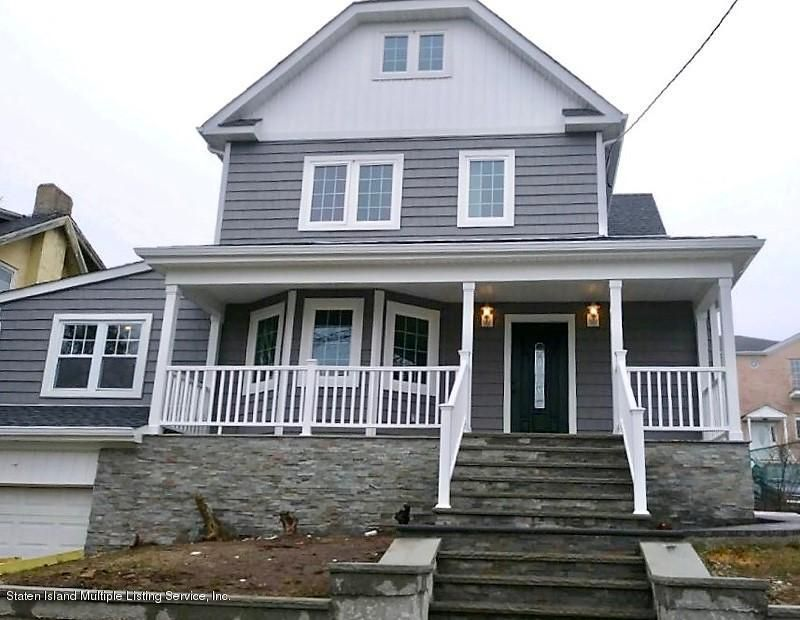 Two Family - Detached in Rosebank - 24 James Place  Staten Island, NY 10305